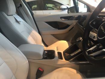 Jaguar I-PACE 90kWh EV400 SE image 3 thumbnail